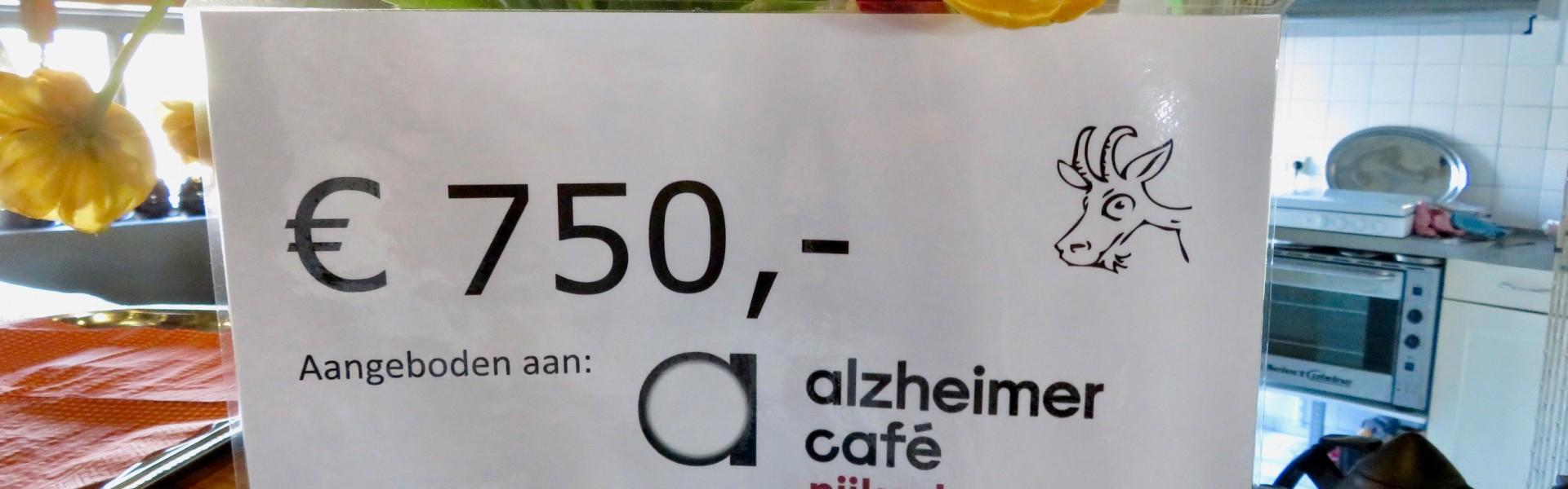 Schenking van 750 euro aan Alzheimer cafe Nijkerk en wandelgroep Natuurlijk Bewegen