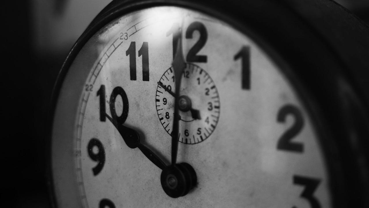 Wat betekent de avondklok voor mantelzorgers?